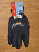 CHARGERS Utility Gloves in Camp Pendleton, California