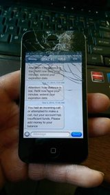 Page Plus Iphone 4 ( shattered Screen ) works Flawless in Fort Lewis, Washington