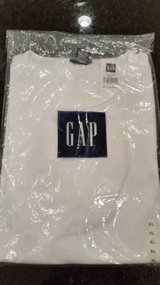 Gap Shirt - Women's XL - Crew neck short sleeve NEW in package in Orland Park, Illinois