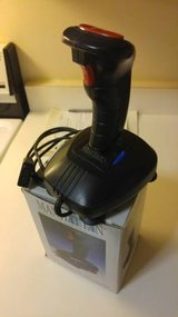 Old School PC Analog Joystick Like-New in Chicago, Illinois