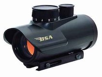 bsa 30mm red dot, 5 moa dot, rd30cp new nice in Clarksville, Tennessee
