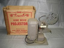 ANTIQUE EXCEL 16mm HOME MOVIE PROJECTOR P-26 in Lockport, Illinois