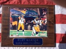kurt warner  autograph st louis rams super bowl 8x10 photo on plaque in 29 Palms, California