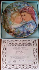 Hibel - Mother's Day Plate - 1991 Michele and Anna in Orland Park, Illinois