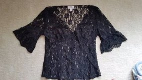 LOFT - Lace Top - Black - Size 6 in Westmont, Illinois