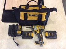 "Dewalt drill 20v 1/4"" impact driver w extras in Camp Pendleton, California"