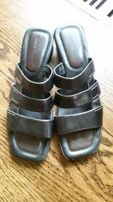 Sandals - Cole Haan - Size 9 Womens in Chicago, Illinois