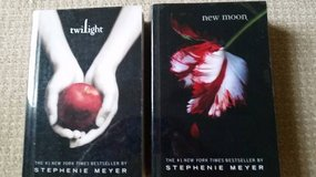 Twilight and New Moon - Paperback w/ hard plastic covers in Naperville, Illinois