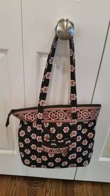 Vera Bradley Villager Handbag Purse in Orland Park, Illinois