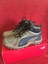 Puma Boys Boots Shoes sz 6 Y in Bolingbrook, Illinois
