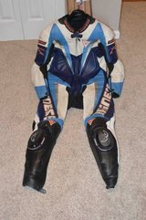 EXCELLENT Men's One Piece size 52 euro Dainese Leathers. in Fort Campbell, Kentucky