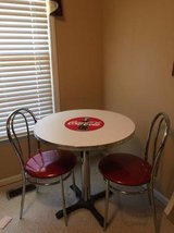 COCA COLA TABLE AND CHAIRS in Warner Robins, Georgia