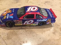 Johnny Benson #10 1/24 Fozzie Bear 2002 Muppets car COLLECTIBLE !!!! LIKE NEW !!! in Chicago, Illinois