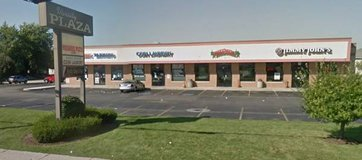 2050 sqft END CAP Prime Retail FOR RENT 1 Block from NIU Campus in Chicago, Illinois