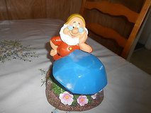 DISNEY GARDEN GNOME (DOC) SOLAR POWERED figurine statue! in Spring, Texas