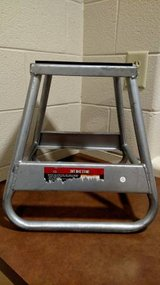 Haul-Master Dirt Bike Stand in Fort Campbell, Kentucky