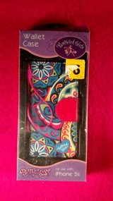 Pampered Girls Iphone 5s (T=40/7) in Fort Campbell, Kentucky