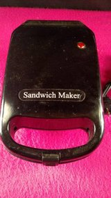 Select Brands Sandwich Maker H-02 (T=44) in Fort Campbell, Kentucky