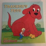Vintage 2001 Clifford The Big Red Dog Teacher's Pets Hard Cover Book with Dust Jacket in Plainfield, Illinois