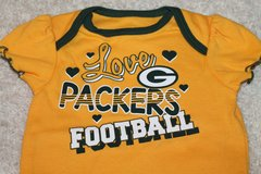 Green Bay Packers Cheese Gold Onesie - Girls 6-9 Months - NEW without TAGS in Naperville, Illinois