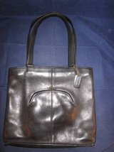 COACH Leather Purse with Built-In Side Coin Purse Black #083-8326 VINT in Naperville, Illinois