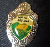 North carolina vacation usa state collector souvenir spoon travel in Kingwood, Texas