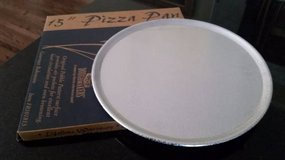 "Pizza Pan - 15"" Doughmakers Brand - NEW in Glendale Heights, Illinois"