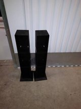 2 CD HOLDER RACK DVD PLASTIC STAND DISPLAY STORAGE SHELVE in Travis AFB, California