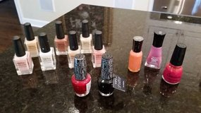 Nail Polish in Glendale Heights, Illinois