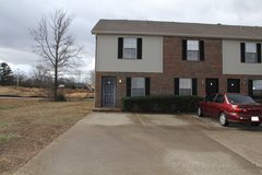 105 Coyote Ct in Fort Campbell, Kentucky