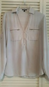 Express blouse in a size xsmall in Camp Pendleton, California