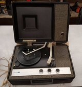 vintage-4-speed-philco-ford-record-player-turntable-r1473-portable-in in Hopkinsville, Kentucky