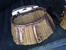 Vintage Trout Fly Fishing Willow Wicker & Leather Center Hole Fish Cre in Travis AFB, California