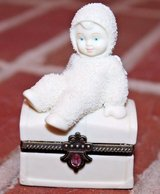 "Dept 56 Snowbabies ""Royal Treasure"" Angel Hinged Box, Porcelain Bisque, 2000 in Chicago, Illinois"