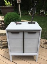 Fabulous Mid Century 3 Drawer Chest! in Bolingbrook, Illinois