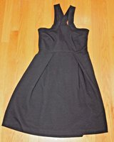 Banana Republic Black Ribbed Cross Neckline Fitted Dress, Sz 4 in Bolingbrook, Illinois
