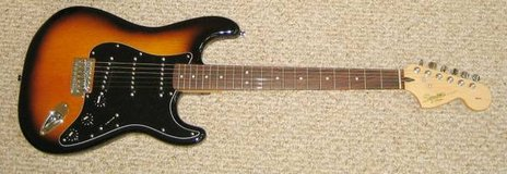FENDER SQUIER STRAT SOLID BODY ELECTRIC GUITAR & AMP - Brown Sunburst in Naperville, Illinois