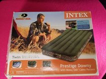 Mossy Oak Twin Camo Air Bed Camping Inflatable Mattress by Intex   in Fort Campbell, Kentucky