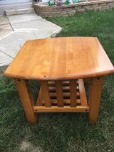~SOLID WOOD END TABLE~MISSION STYLE~ in Chicago, Illinois