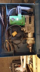 HITACHI DH 38YE Hammer Drill Kit with Drill Bits and Case DH38YE in Hopkinsville, Kentucky