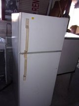 Kenmore Apartment Size Refrigerator in Fort Riley, Kansas