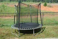 Euc 8 Ft Trampoline with enclosure in Leesville, Louisiana