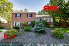 HUGE Catonsville 4 bedroom home on large lot in Fort Meade, Maryland