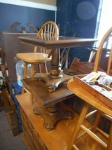 Pedestal End Table (s) in Elgin, Illinois