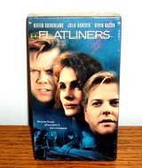new flatliners vhs keifer sutherland julia robers kevin bacon rare case / cover in Joliet, Illinois