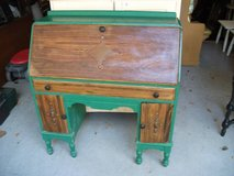 ALL WOOD DESK VERY INTERESTING ANTIQUE in Naperville, Illinois