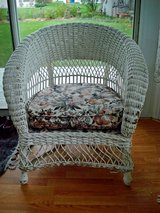 Vintage wicker arm chair**American Chair Co**Merikord**Springs under Cushion in Algonquin, Illinois