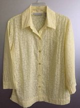 Women's Blouse Sag Harbor size S in Bolingbrook, Illinois