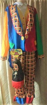Adult Clown on the town Costume 4 piece in Tacoma, Washington