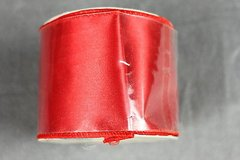 craft ribbon wired edge 2.5 inch x 9 feet red satin bows crafts wreaths new in Kingwood, Texas
